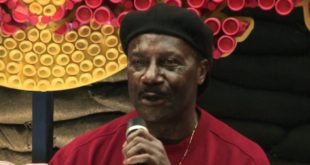 Gyedu-Blay Ambolley Propagates Ghanaian Highlife With US Show